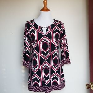 White house black market Medium stretch knit Tunic